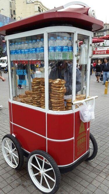 Street Food Istanbul - Simit