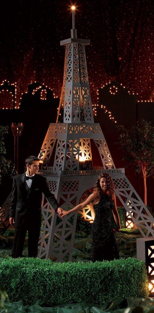 Midnight in paris homecoming theme
