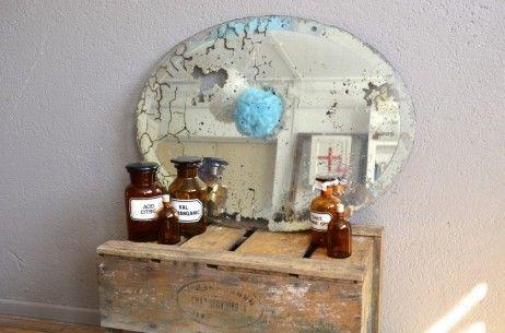 Miroir oval biseauté patiné rétro vintage