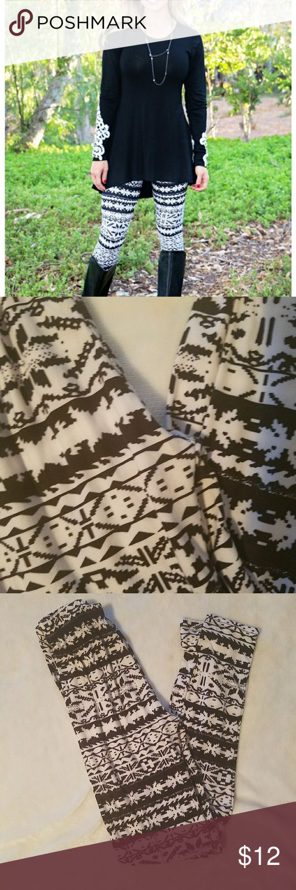 Buttery Soft Snowflake Leggings Worn and washed twice. One Size fits 2-10. 92% poly and 8% spandex. So comfy but I have WAY too many leggings! Smoke free home ❤ Pants Leggings