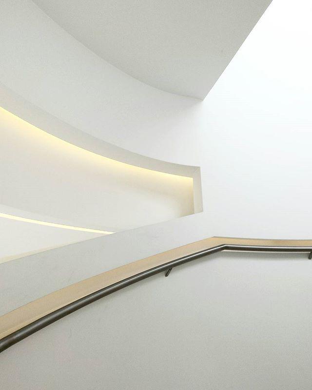 #ice#icekrakow #kraków#Poland#architecture #white#light#lubiepolske #igerskrakow #architektura #instaarchitecture #beautiful #good#arched #wycieczka #trip @icekrakow #polandarchitecture