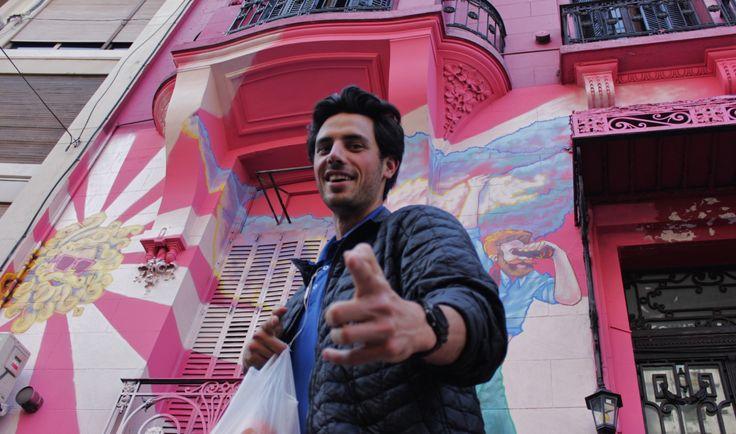 The Pink House Hostel te recibe con los brazos abiertos.