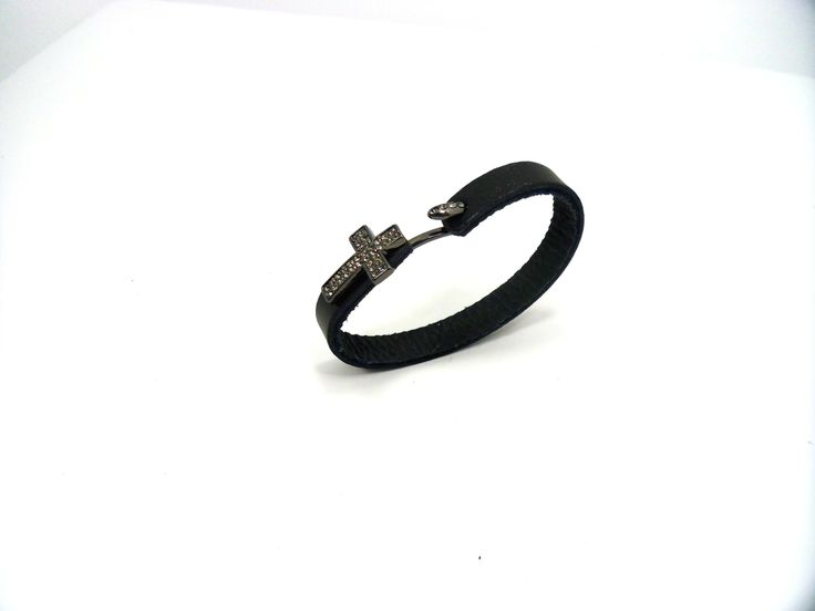 Jewelry made of leather brings an interesting, edgy style to a casual outfit. This Leather Cross bracelet pairs up nicely with jeans and T-shirts. Buy it now ---> http://bit.ly/1lXOQbx #gndgems #leather #bracelet #cross