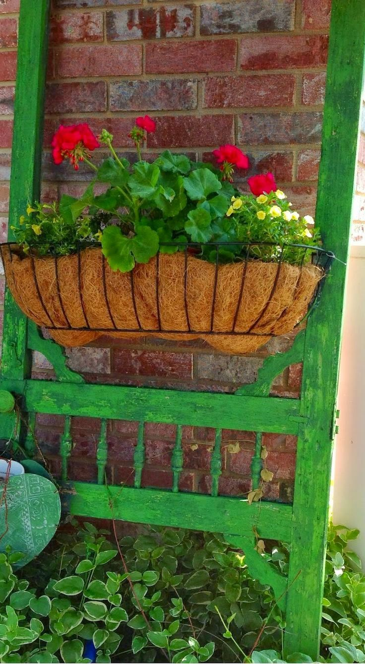 """Cute way to use a window box... a screen door 'box""""...will have to try this!"""