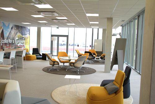 Decoration salle repos entreprise cafeteria decoration for Bureau entreprise design