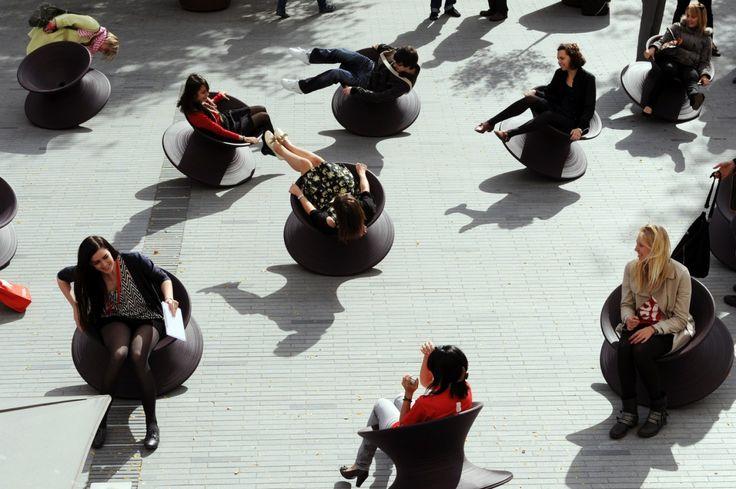 Metal Spun Chairs « Heatherwick Studio