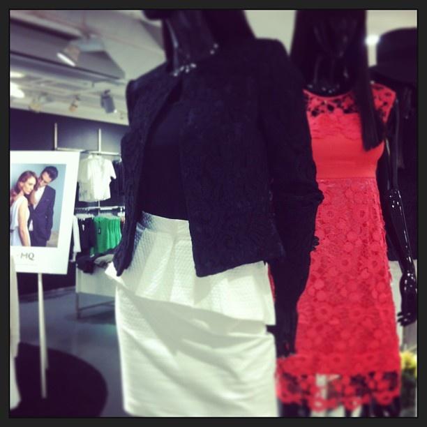 Dress up ikväll i black ! Vi önskar er alla en härlig Valborg! #zoul #Marianneskirt #laceblazer #stockhlm #mq #vårnytt
