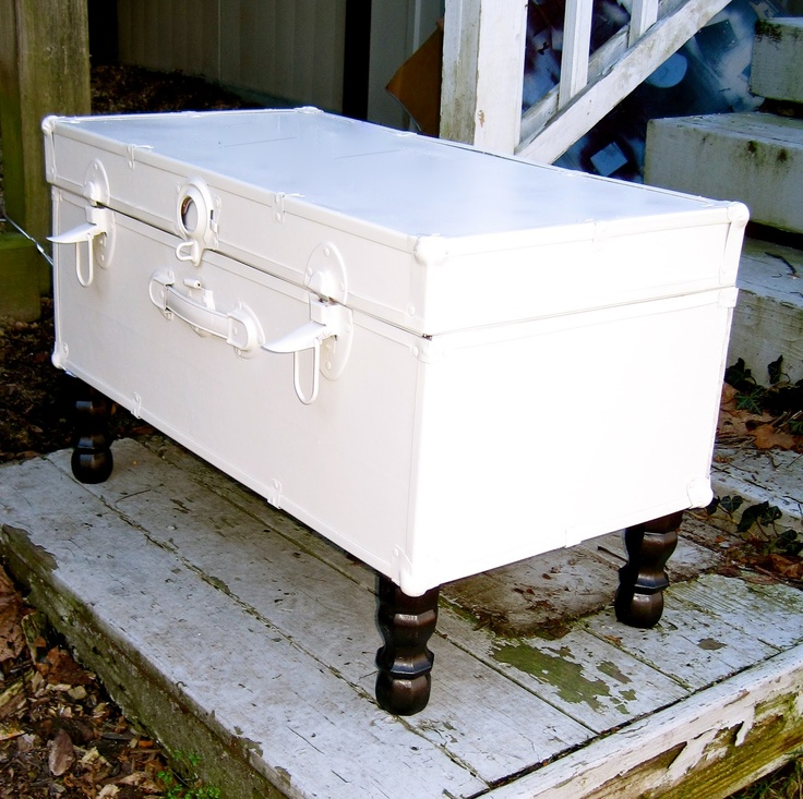 The Vintage Magi:: From Trash to Treasure: My Summer Camp Trunk Makeover to End-of-Bed Storage