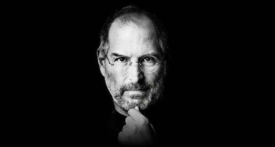 Сегодня мы начинаем небольшую рубрику об известных маркетологах, которым и принадлежит нам мозг. Хотя многие из нас этого и не признают. И начнем мы с культовой личности, основателя и главного идейного вдохновителя компании Apple Inc. Стивена Пола Джобса. По словам сотрудников компании Apple, самыми страшными словами для Стива Джобса, которые он ненавидел, были «маркетинг» и «бренд». По его мнению, люди ассоциировали эти слова с телевидением и рекламой. Но самой главной вещью Джобс считал –…