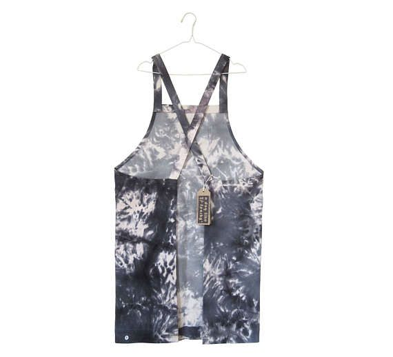 Tie dye denim pull-on work apron no ties For artists and