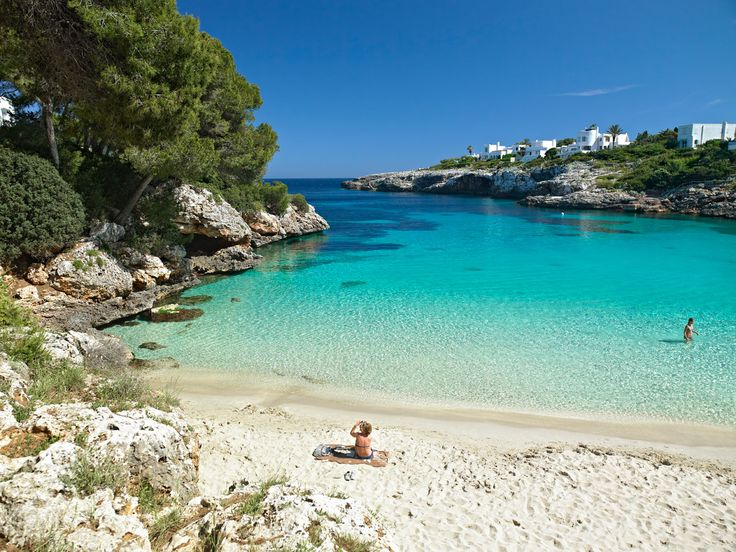 Cala Dor esmeralda beach, Mallorca. Based in OneOcean Port Vell, Barcelona - We are a luxury yacht rental company redefining the yacht charter experience. www.charterdart.com