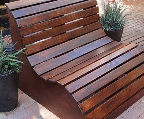 Wie man sich eine ergonomische Gartenbank baut
