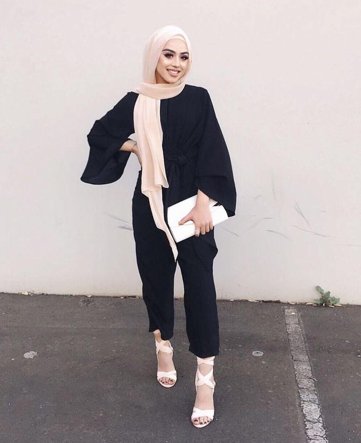 die besten 25 arabische frauen ideen auf pinterest kaftan g ttin kleid und hochzeit hijab. Black Bedroom Furniture Sets. Home Design Ideas