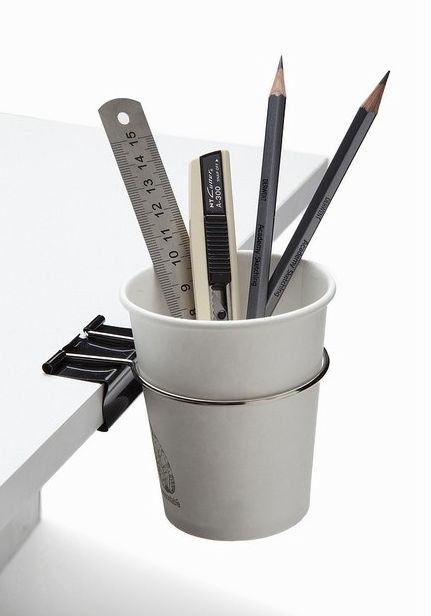 Keep your table nice and clean with this multifunctional clip..