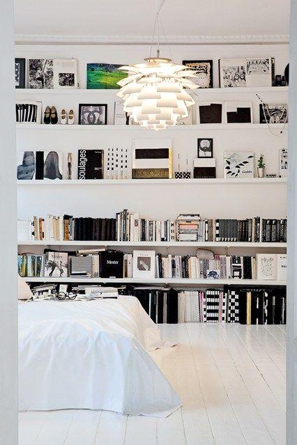 Monchrome - Bookshelf Ideas - Living Room Design Ideas (houseandgarden.co.uk)