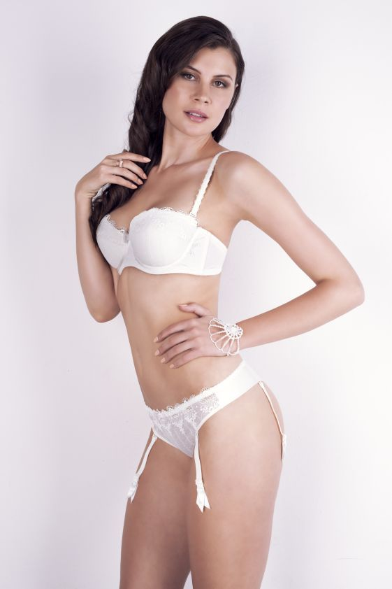 New collection ZORZA bra: A351 pants: M300 www.samanta.eu