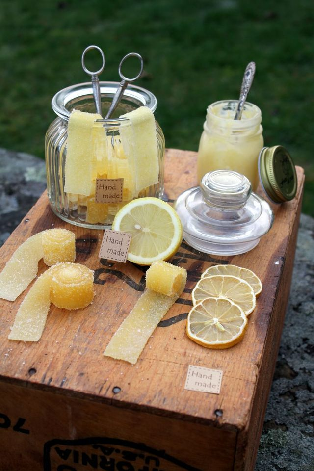 Baka med Frida - citron remmar (godis)