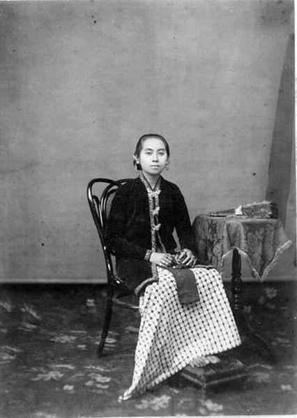 Raden Ayu Mangkoejoedä, daughter of Sultan Hamengkoe Buwono VII
