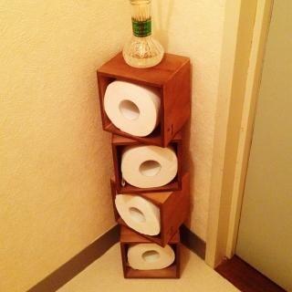 """真似したくなるトイレのインテリア♥さんはTwitterを使っています: """"100均の木箱をトイレットペーパーの収納に活用しているアイデア♡ #かわいいと思ったらRT http://t.co/Tb4nS2tOJB"""""""