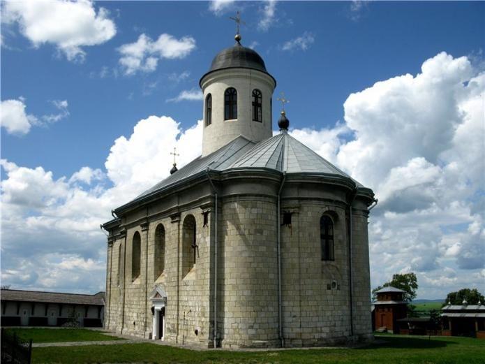 Успенская церковь в Крилосе (Галиче).