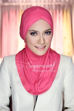 5 HIJABI MUST-HAVES   Hashtag Hijab   Ninja Underscarf from Sugarscarf