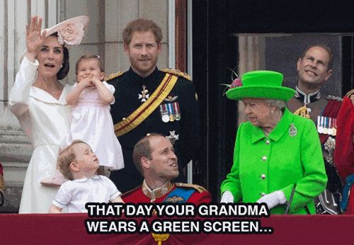 The Queen of England Wore a Bright Green Outfit So, Naturally, the Internet Treated It Like a Green Screen