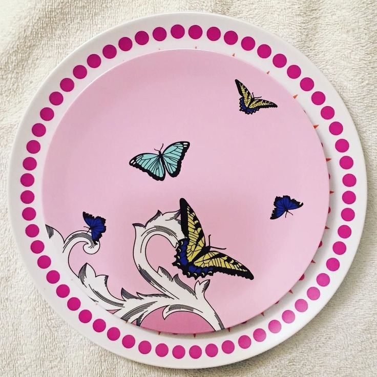 Mix and match Byzantine Pink Dinner Plate and Butterfly Side Plate by plateshoppe.com Dishwasher safe but not for microwave use.#poolparties #funtimes #dinnerware #serveware #supportsmallbusinesses #smallbusinesses #homedecor #sideplates #melamineplates #melamine #tabledecorations #partyplates #home #eatingoutdoors #outdooreating #onlineshopping #casualdining #dinnerplates #tableware #tablesetting #poolparties#summer#summertime #entertainingathome#homeparties…