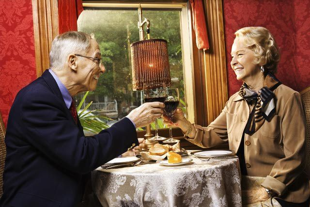 Traditional 60th Wedding Anniversary Gifts: 25+ Unique Marriage Anniversary Ideas On Pinterest