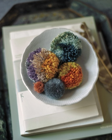 swooning over these pom-poms! now where's my yarn??? via martha stewart living magazine