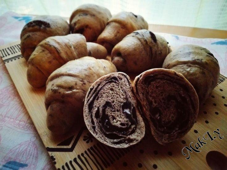 山本真希's dish photo MARBLE OREO ROLLS | http://snapdish.co #SnapDish #レシピ #朝ご飯 #菓子パン #テーブルブレッド #クッキー #バレンタイン