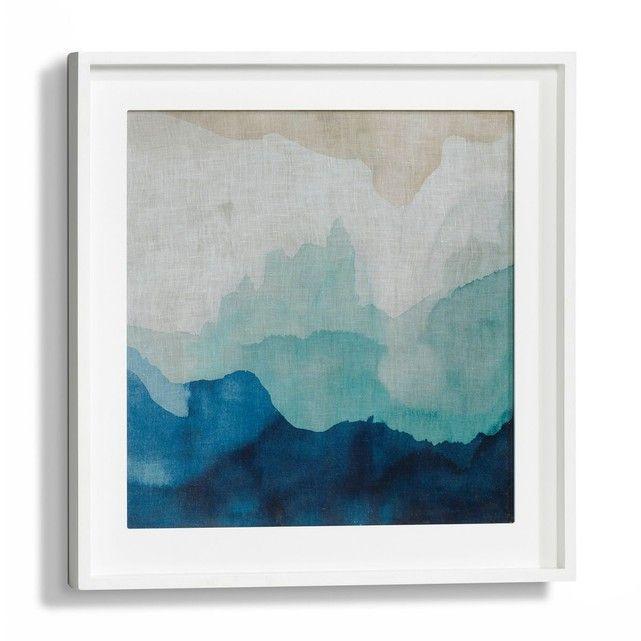 La toile Bandow. Une très jolie aquarelle tie and dye bleu et beige. À exposer seule ou à accoler à l'autre modèle Bandow vendu sur le site. Cadre en MDF. 2 platines pour la fixation murale (vis et chevilles non fournies). Dim. : L50 x H50 cm.
