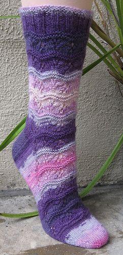 Wiki Waki Woo Socks #knit
