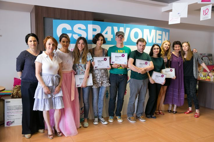 Superscrieri winners, journalists that were supported by Avon Romania to investigate the domestic violence problem in Romania