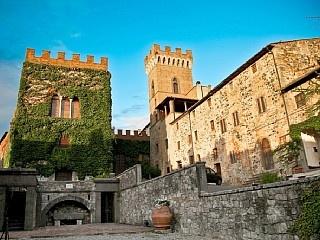 Charme e confort in un borgo  meraviglioso Case vacanze in Ponteginori da @homeawayitalia