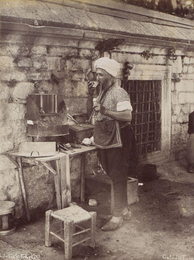 Sokak Kahvecisi Abdullah Fréres / 1880s