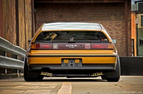 Honda CRX Si-R / Vtec. probably the only honda i like