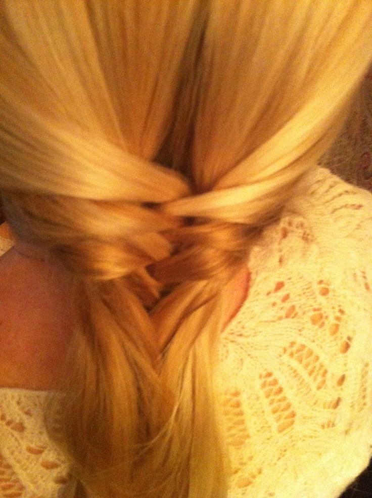 Hair Dressing a la Amanda :)