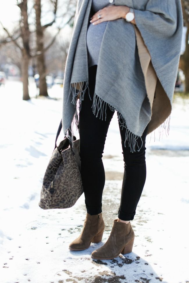 Winter Accessories – I love the way this girl caps her entire pregnancy. The beautiful …   – Schwanger Kleidung