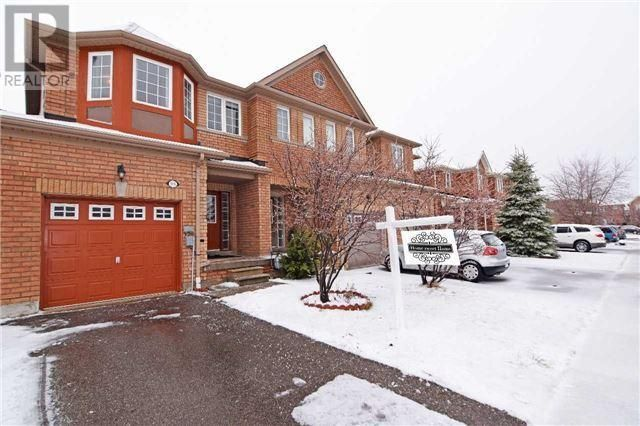 Stunning Link Detached Home In Fantastic Location.http://www.snapuprealestate.ca/listing/Mississauga-ON/house-for-sale-5016-Intrepid-Dr%2C-Mississauga%2C-ON-L5M-8A7-2938978911?mortgageVar=m3&utm_expid=87617851-1.urOs7_xsRdulcbXmFu_bHA.3&utm_referrer=http%3A%2F%2Fwww.snapuprealestate.ca%2FmanageListing