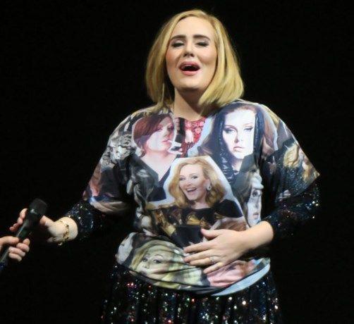 Adele gaat voor tweede kind - Gazet van Antwerpen: http://www.gva.be/cnt/dmf20161122_02586442/adele-gaat-voor-tweede-kind