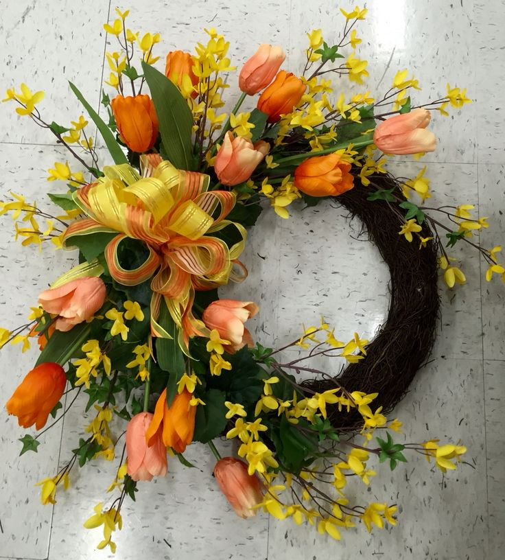 Spring wreath with tulips and forsythia. 2016. Laura A. Michaels Tulsa (3864)