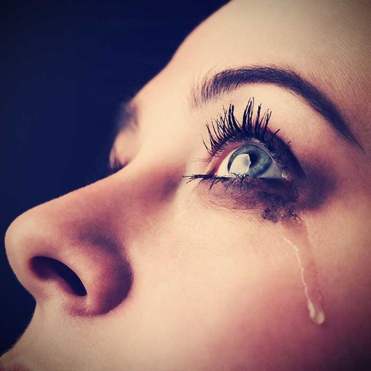 Women have many different roles in life than men, and when depression hits, signs of depression in women can manifest differently than in men or children.  Here are ten tell-tale signs of depression in women.