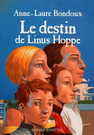 Le destin de Linus Hoppe. ; Anne-Laure Bondoux. - Linus Hoppe vit en sphère 1 avec ses parents et sa soeur Mieg. Avec son ami Chem, il prépare son examen de fin d'année. Dans trois mois, il doit passer devant le Grand ordonnateur.