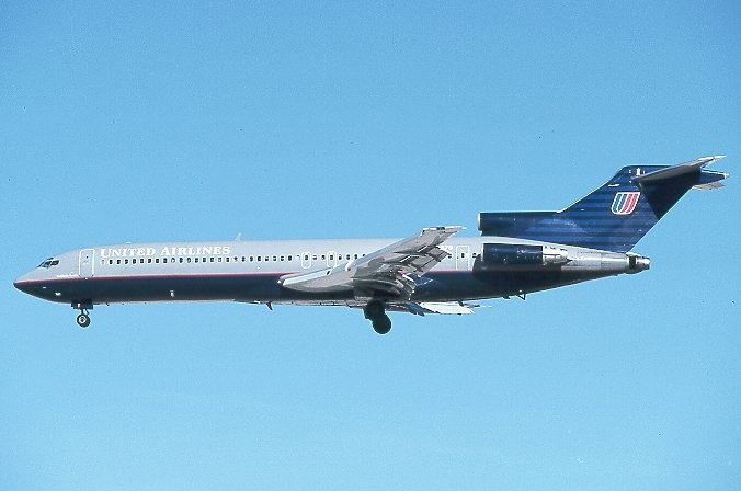 Boeing 727-200....looks like my old bird. Just the wrong paint job!