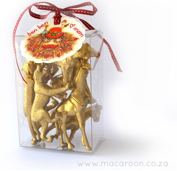 Painted animals packaged in a box with a macaroon tag make a unique and quirky South African Pressi! Get tags online at www.macaroon.co.za