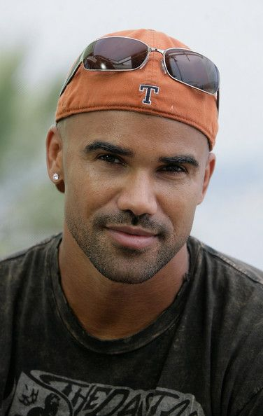 Shemar Moore Photos Photos - (ET AND HOLLYWOOD ACCESS OUT) Shemar Moore poses for a portrait session on the second day of the 2007 Monte Carlo Television Festival held at Grimaldi Forum on June 12, 2007 in Monte Carlo, Monaco. - Monte Carlo Television Festival 2007- Day 2