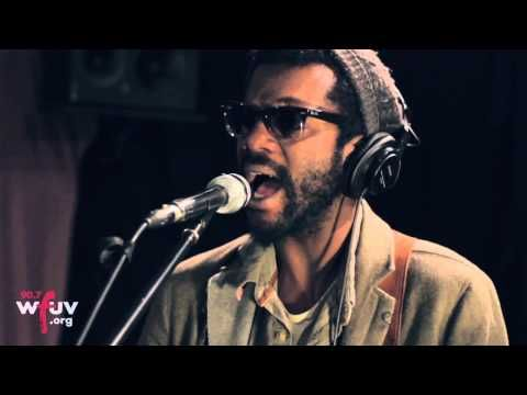 """Gary Clark Jr. - """"When My Train Pulls In"""" (Live at WFUV) My favorite version of this awesome, awesome song. This dude ROCKS! New album out 10/23! :) http://www.garyclarkjr.com/frontpage"""