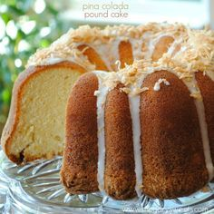 Pina Colada Pound cake: with pineapple, coconut and rum extract!