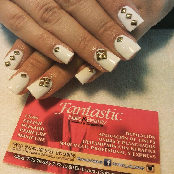 Estoperoles ON! #whitenails #fantasticnailsandbeauty