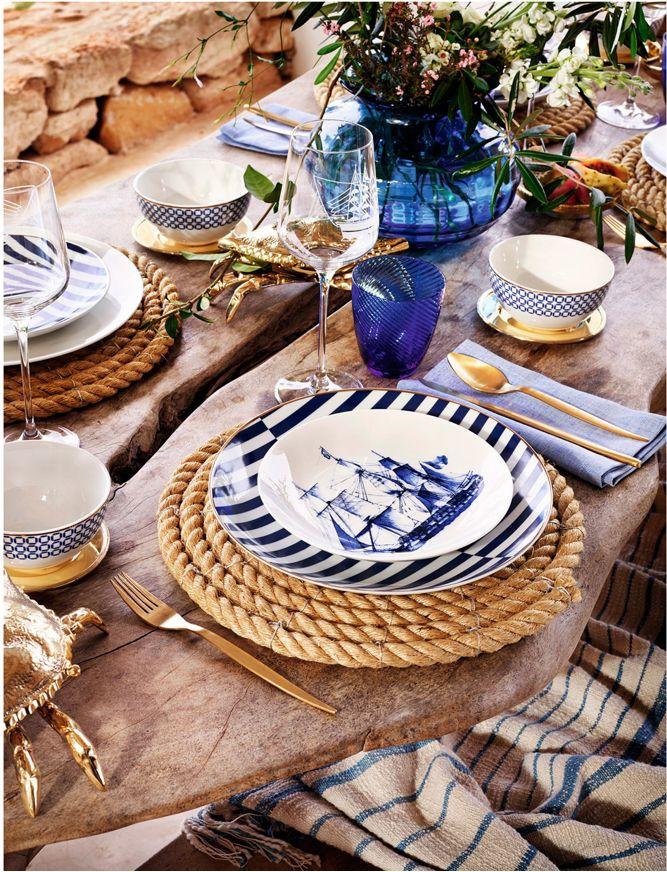 Love the rope chargers!! y son faciles de hacer!!!! servilletas rayadas blancas y azules, platos blancos, vasos azules, mas copas transp. bowls turq o azulino